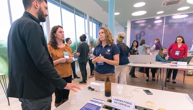 Laboratório da Cerveja se apresentando no Biotech Invest Day